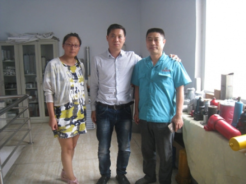 Taiwan China Customer Came to Our Factory, Inspecting the Filter Coalescer